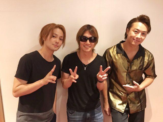 喜矢武豊、木村了&TAKAHIRO舞台「MOJO」観劇!プレゼントはアンパンマン