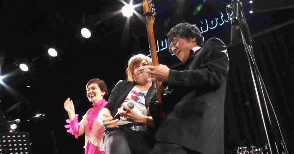 10/20(金)「金スマ」大竹しのぶ還暦パーティーでエアギター鬼龍院翔