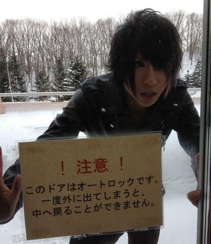 【レポ】ゴールデンボンバー握手会 2/2(日)北海道・札幌芸術の森