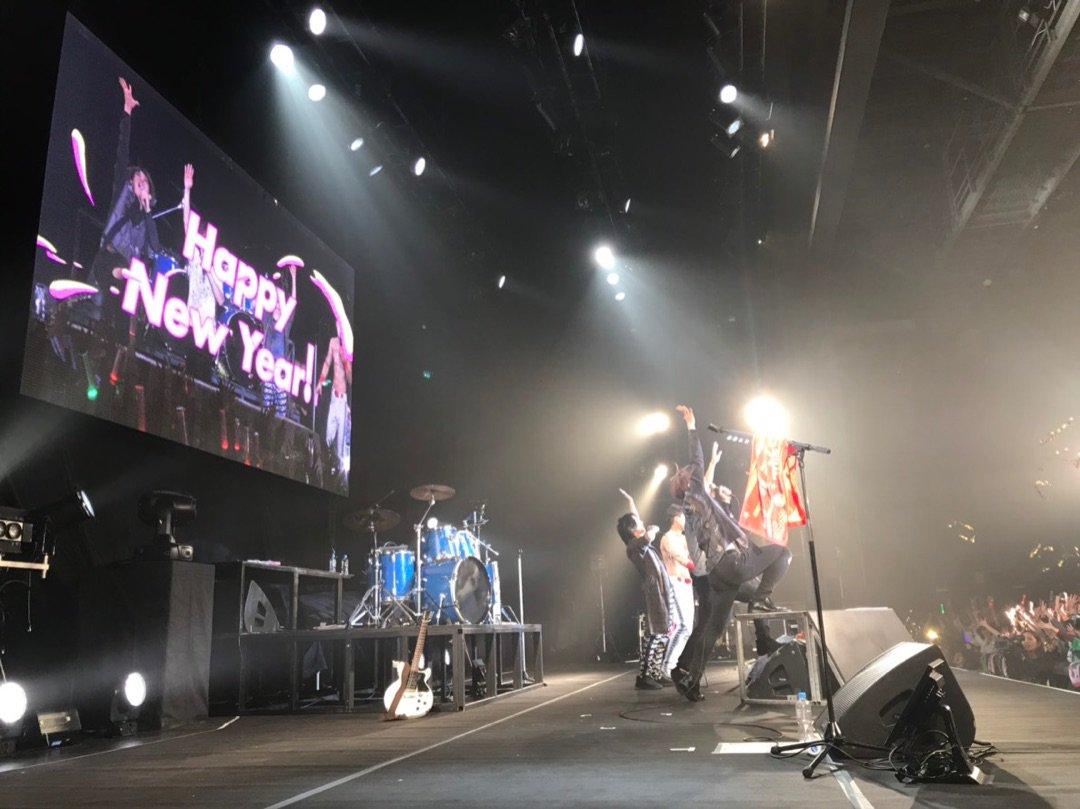 12/31(月)ゴールデンボンバーカウントダウンライブセトリまとめ